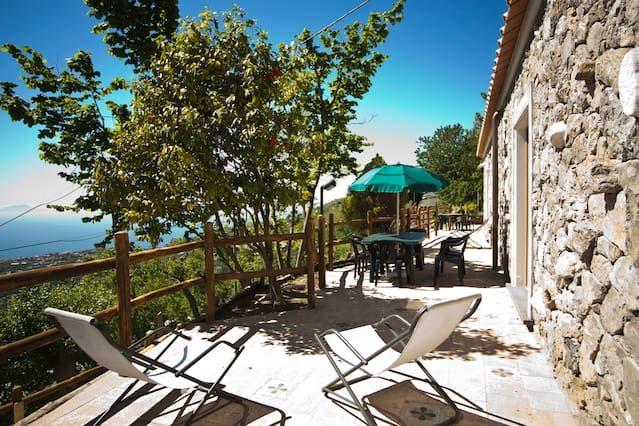 Alojamiento de 80 m² con jardín