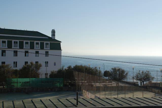Hébergement pour 4 voyageurs à Ericeira