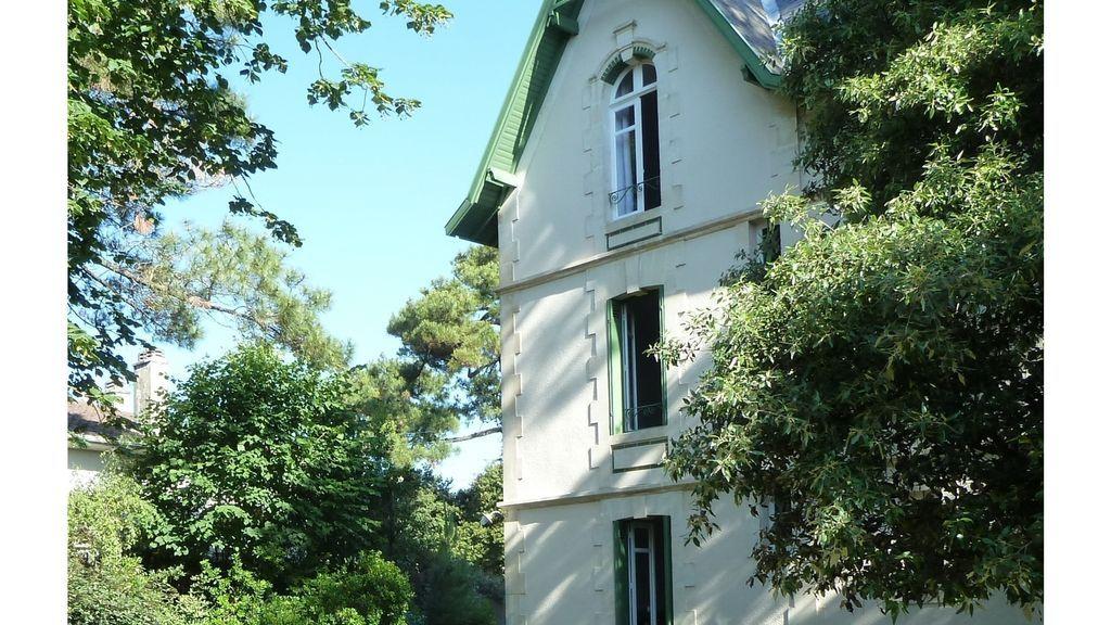Alojamiento en Saint-georges-de-didonne de 6 habitaciones