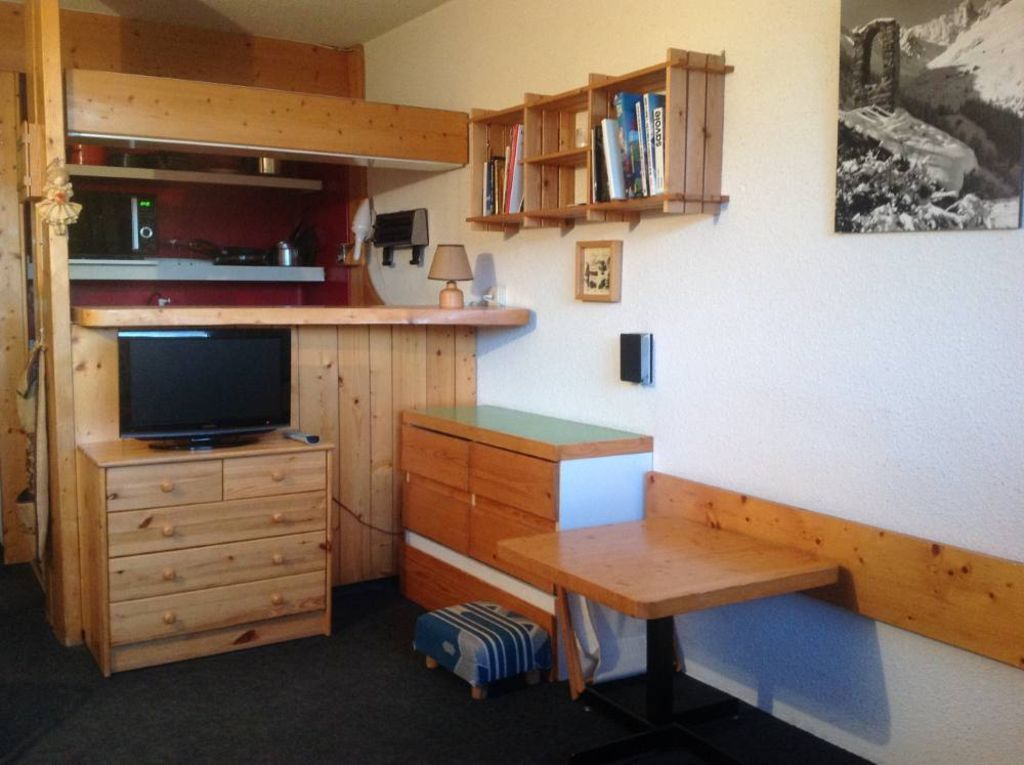Apartment with parking included for 5 people