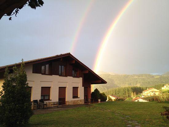 Casa rural (alquiler íntegro) Suites Rurales Ellauri Baserria para 22 personas