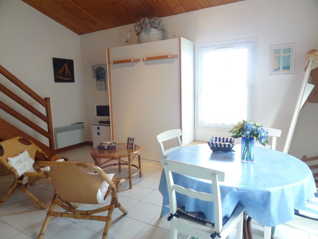 30 m² flat with garden