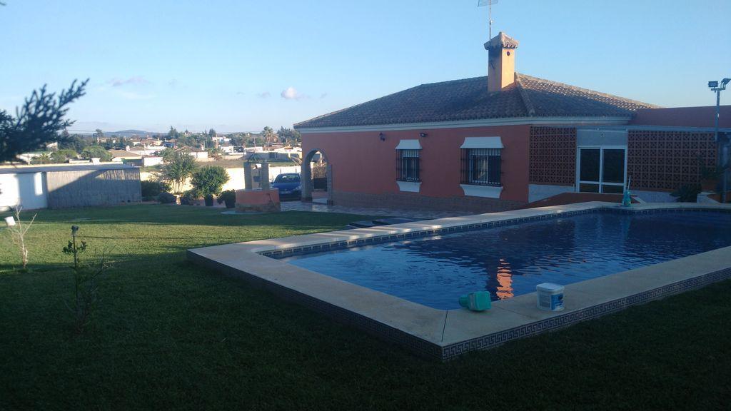 Residencia para 6 huéspedes en Chiclana de la frontera