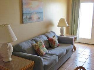 Large 3 Bedroom Beachfront Condo