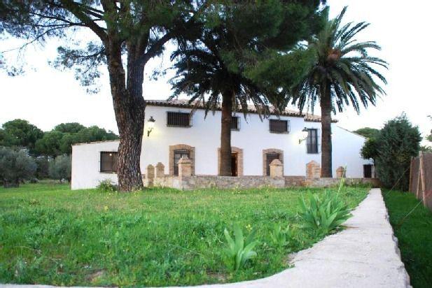 Residencia con jardín en Andújar