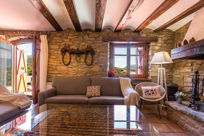Piso en Fontsagrada con balcón