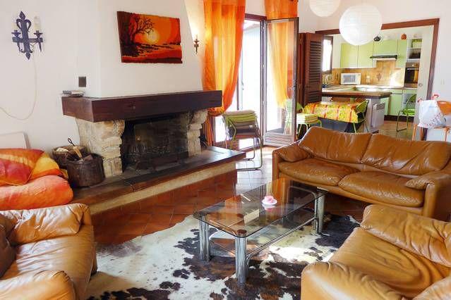 Provista casa de 100 m²