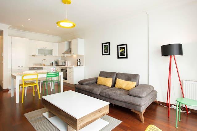 Amable Piso con 1 dormitorio(s) en Taksim con Aire acondicionado, Aparcamiento, Piscina, Gimnasio y Terraza