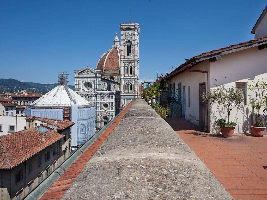 Apartamento con  Balcón en Florencia