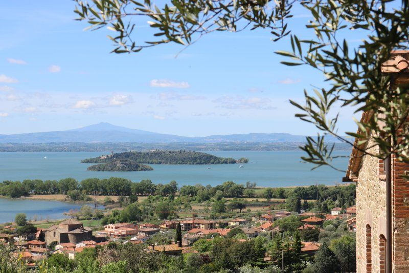Casa estupenda en Passignano sul trasimeno