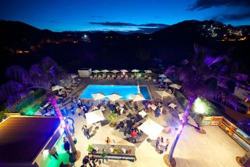 Holiday rental in Cala llonga for 5 guests