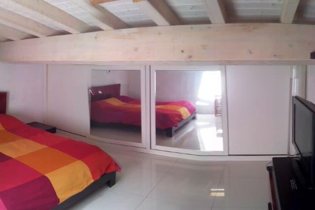 Residencia con wi-fi en Porto azzurro( li )