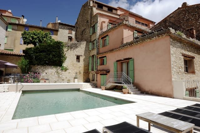 Maison Rose Large Villa with Pool & WiFi