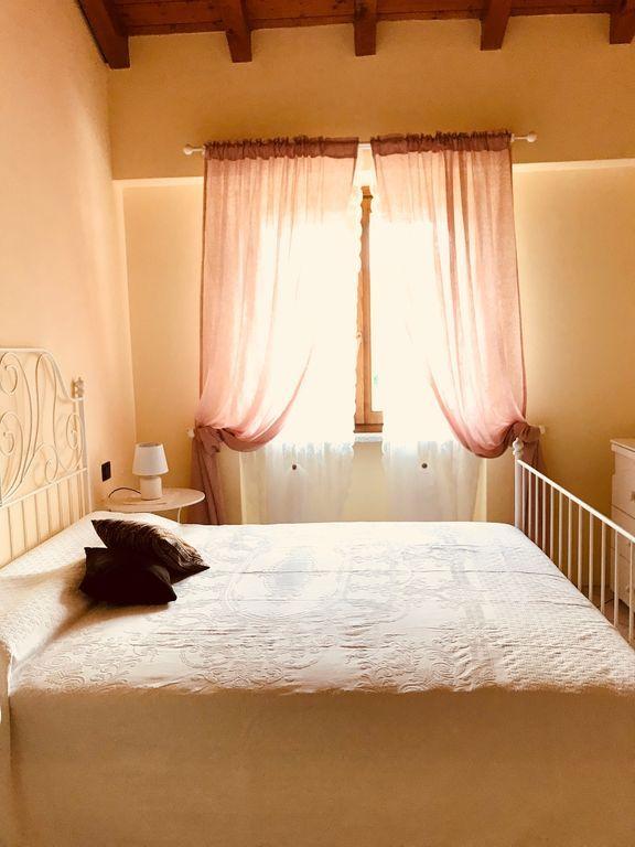Residencia equipada con balcón