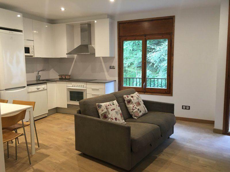 Precioso apartamento. Vistas montaña y rio