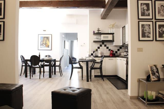 Ferienunterkunft mit 1 Zimmer in Florence