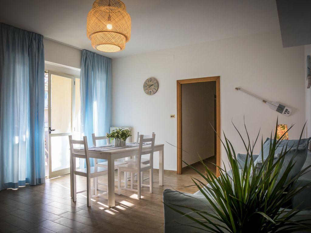 Appartamento di 80 m² con balcone