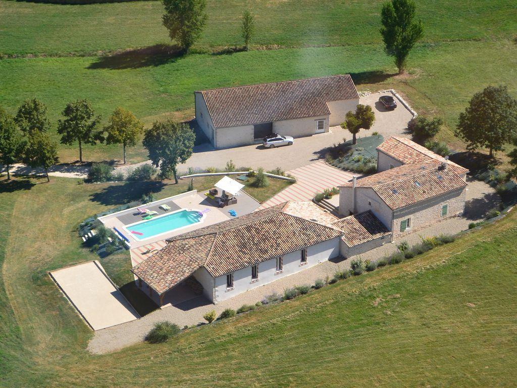 Alojamiento de 160 m² en Monflanquin
