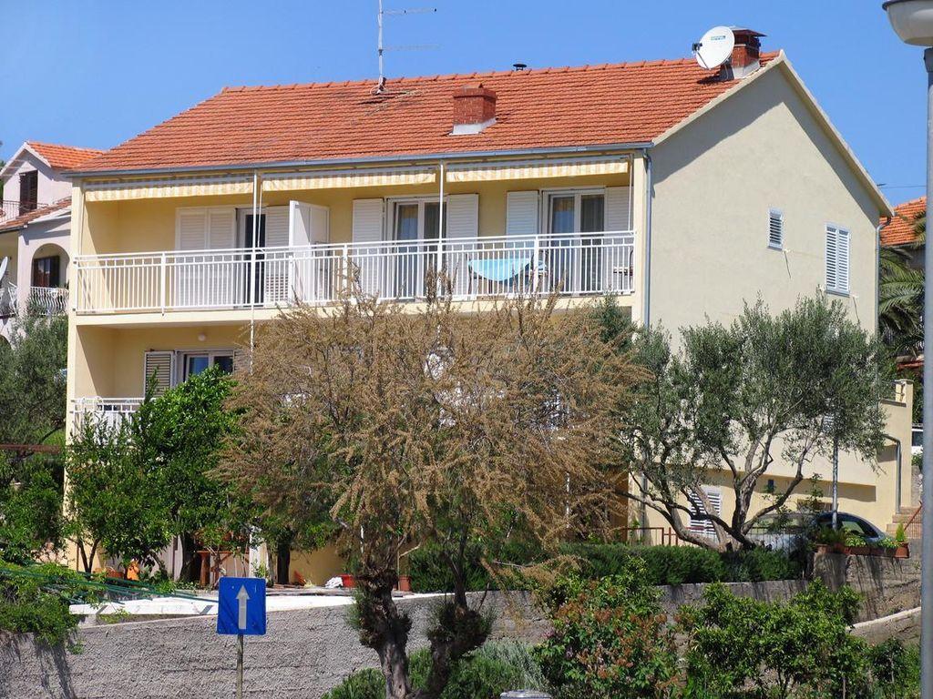 Equipado alojamiento en Stari grad