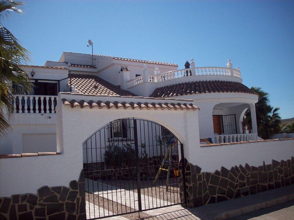 Acogedora casa en Mazarron