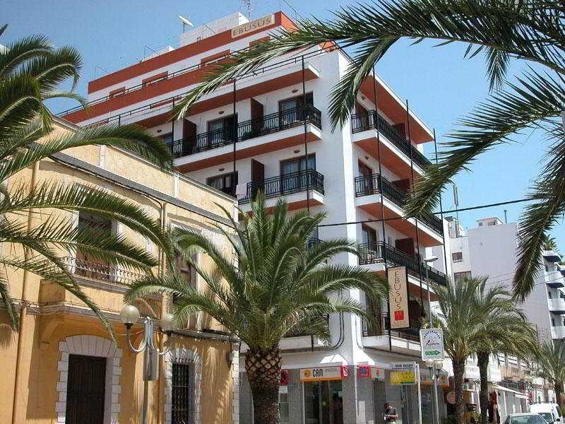 Apartment for 4 guests in Santa eularia des riu