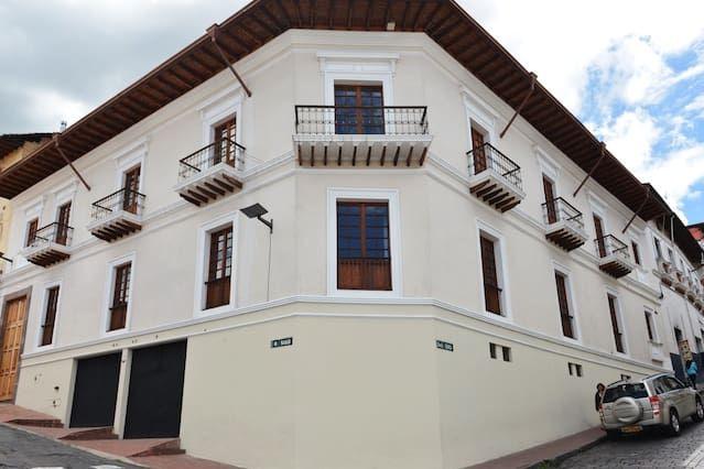 Con todo lo necesario vivienda en Quito