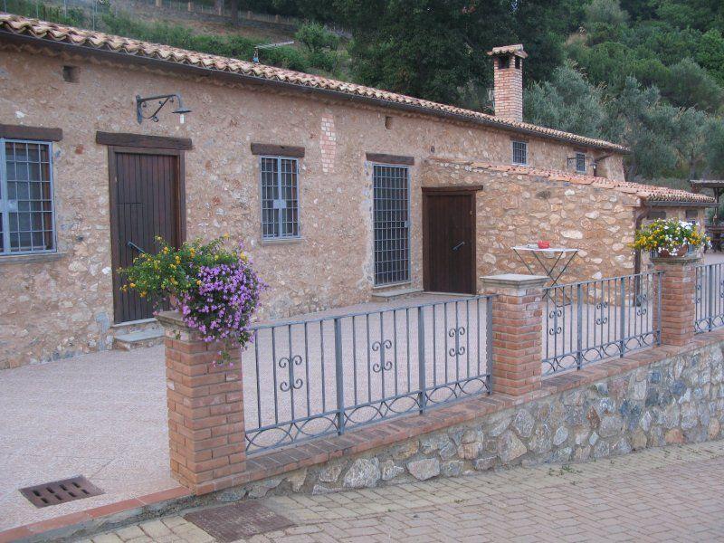 Alojamiento con jardín en Cetraro