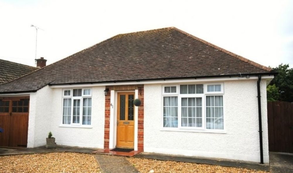 Bungalow only 5 minute drive from the beach.