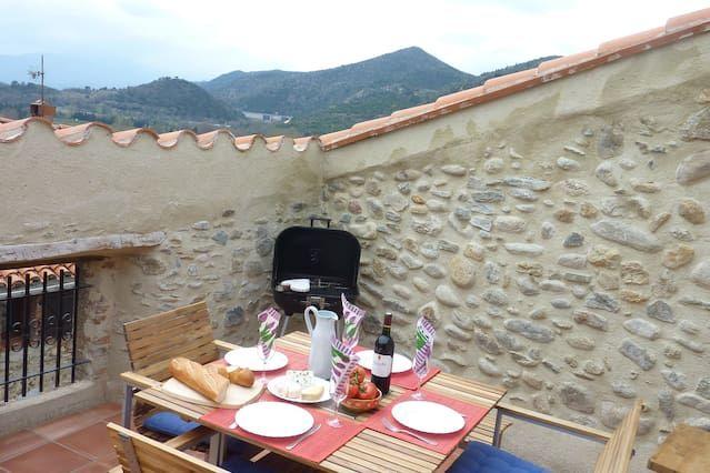 Casa Oreneta, Garden, lovely views!