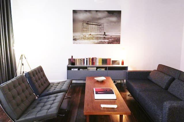 2 Zimmer Designer Apartment Rosenthaler Platz