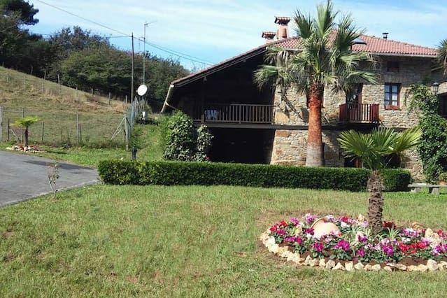 Alojamiento con jardín en Bilbao