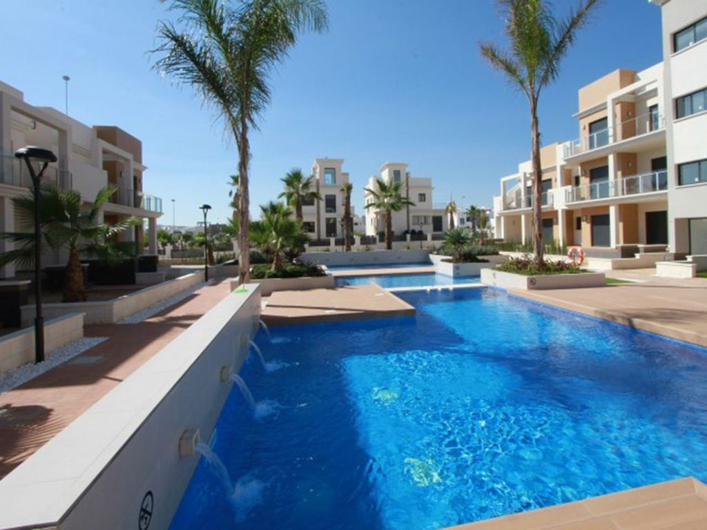 Attractive holiday rental in Res euromarina, la zenia