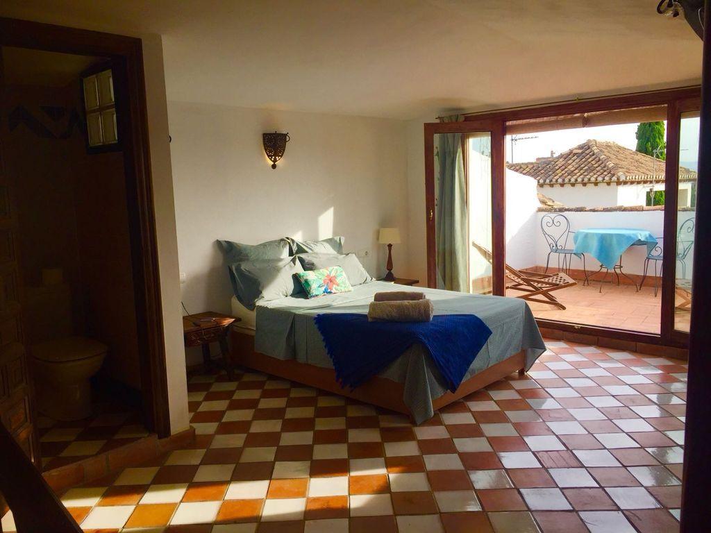 Alojamiento de 4 habitaciones en Granada