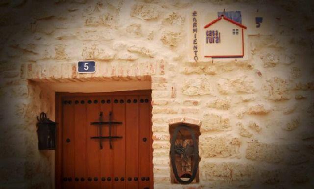 Residencia provista de 3 habitaciones