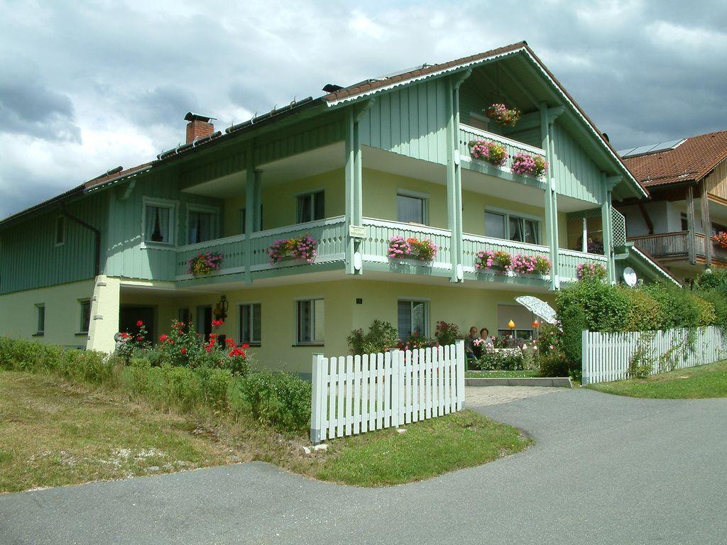 Ferienunterkunft in Frauenau mit 2 Zimmern