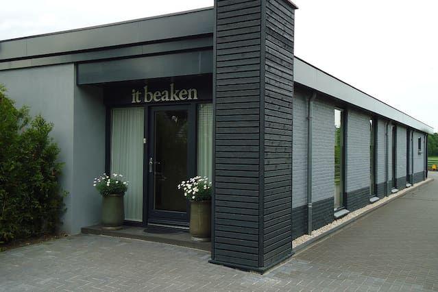 Unterkunft in Bakkeveen mit Balkon