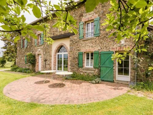 Residencia equipada en Saint-priest-la-feuille