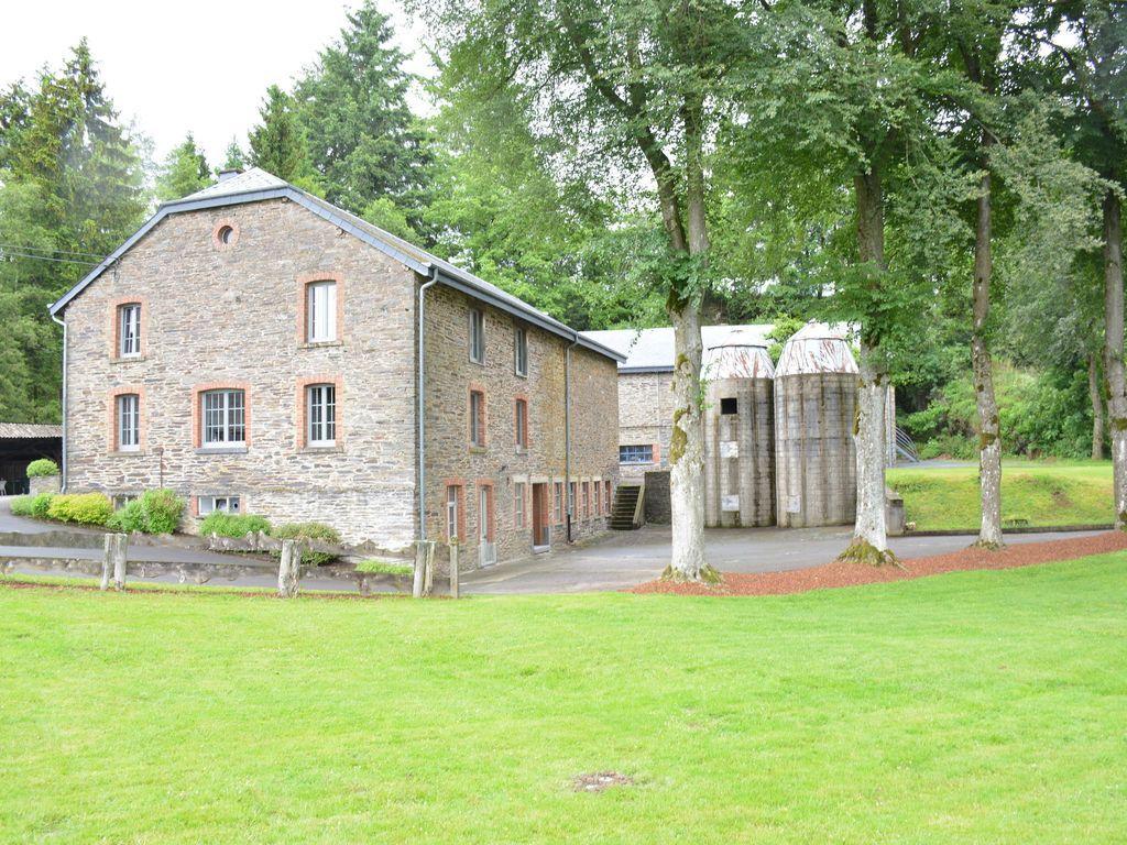 Alojamiento de 220 m² en Gouvy