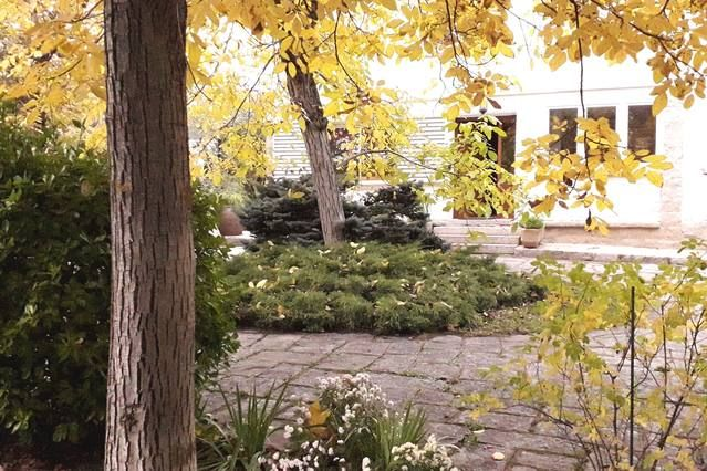 Residencia de 4 habitaciones con jardín