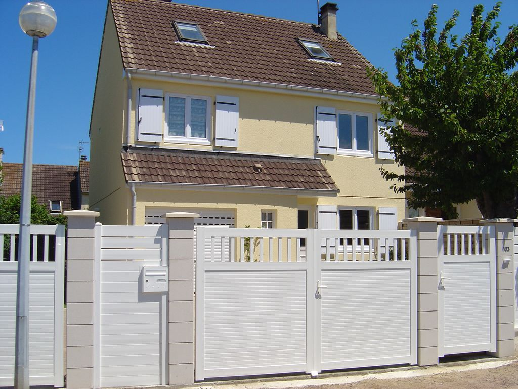 Alojamiento de 4 habitaciones en Bernières-sur-mer