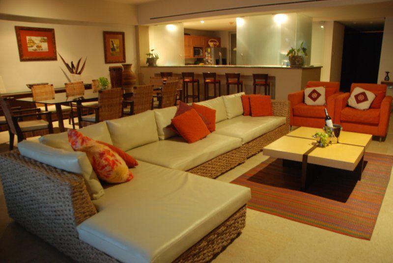 Luxury Front Beach Apartament in Acapulco