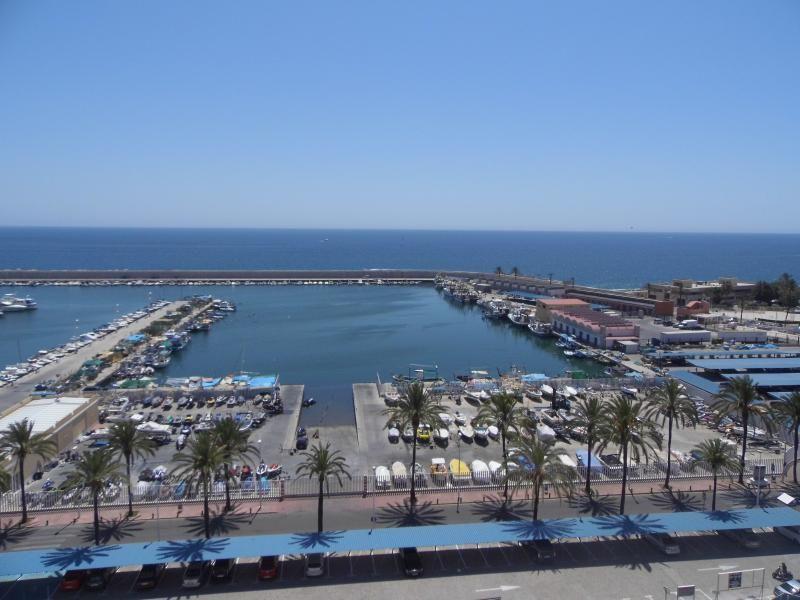 Apartamento en Fuengirola con Balcón y AC