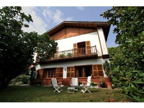 Casa con jardín de 5 habitaciones