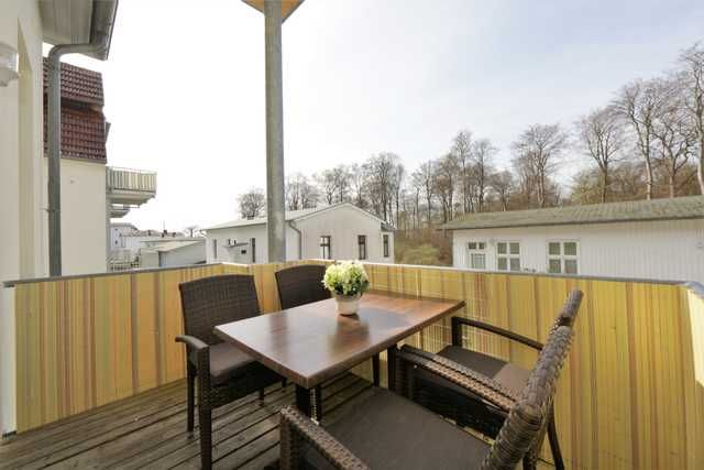 Property with 2 rooms and parking included