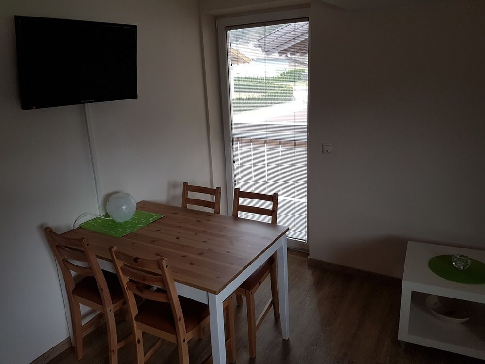 Das Taubenhaus - Appartement Appartement/Fewo, Dusche, WC, Balkon-4 Pers