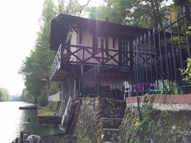 Provista residencia en Olivet