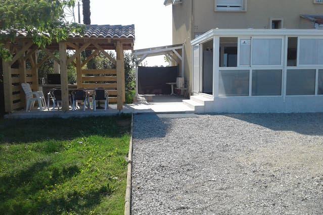 Alojamiento de 1 habitación en Aussonne