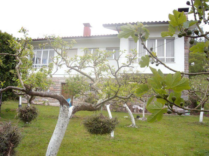 CHALET individual con jardín en Vidiago (Llanes) Casa Rural