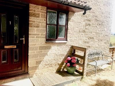 Flat for 2 people with garden