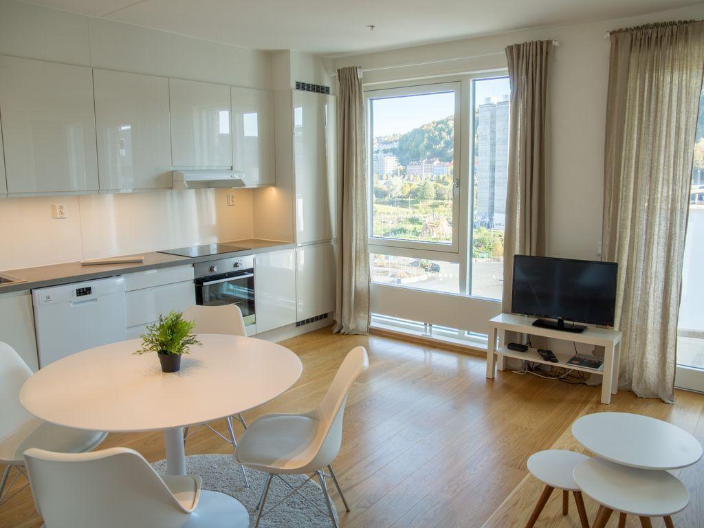 Apartamento con balcón de 9 habitaciones